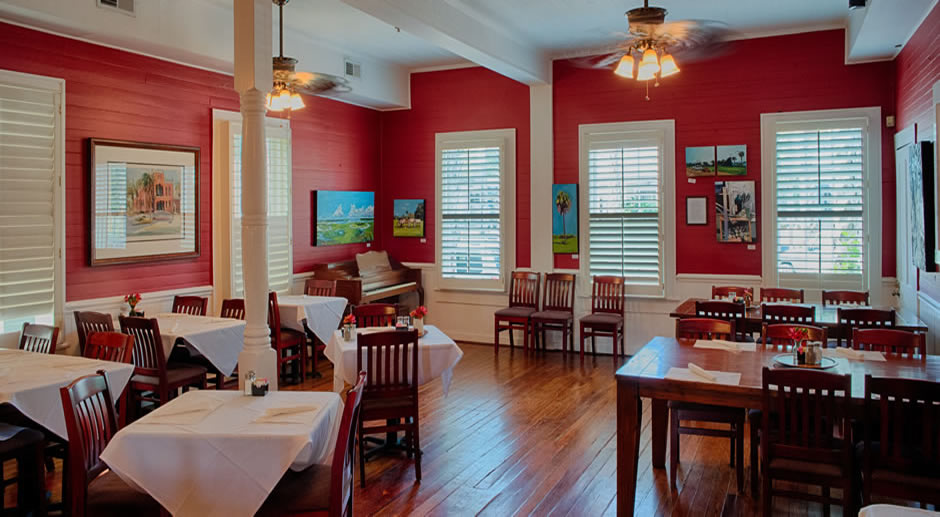 Dining room area at the Florida House Inn