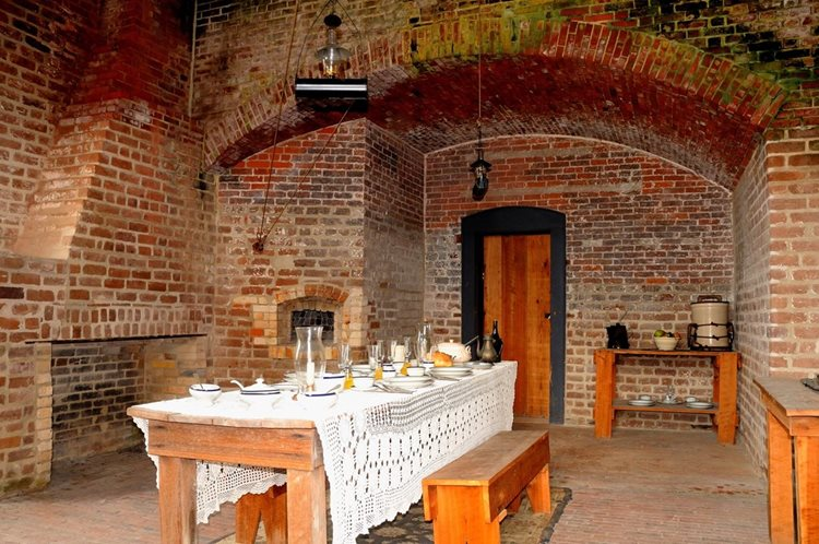 fort clinch dining room